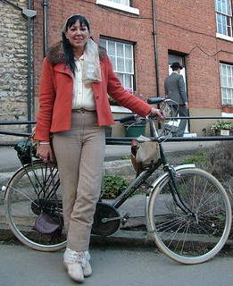 Raven with the 1951 Raleigh Superbe Sports Tourist