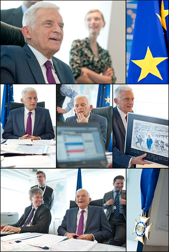 End of mandate Facebook chat with President Buzek by European Parliament