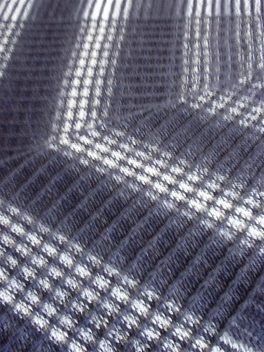 Large shawl close-up 2