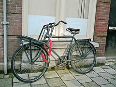 Juncker transportfiets (vintage transport bike, v�lo porteur ancien), Amsterdam, Elisabeth Wolffstraat, 08-2011