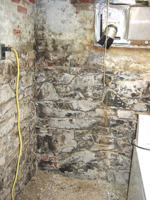 Best Way To Paint Field Stone Basement Walls
