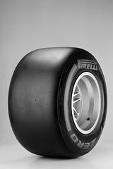 Pirelli_P_Zero_Hard SILVER_01