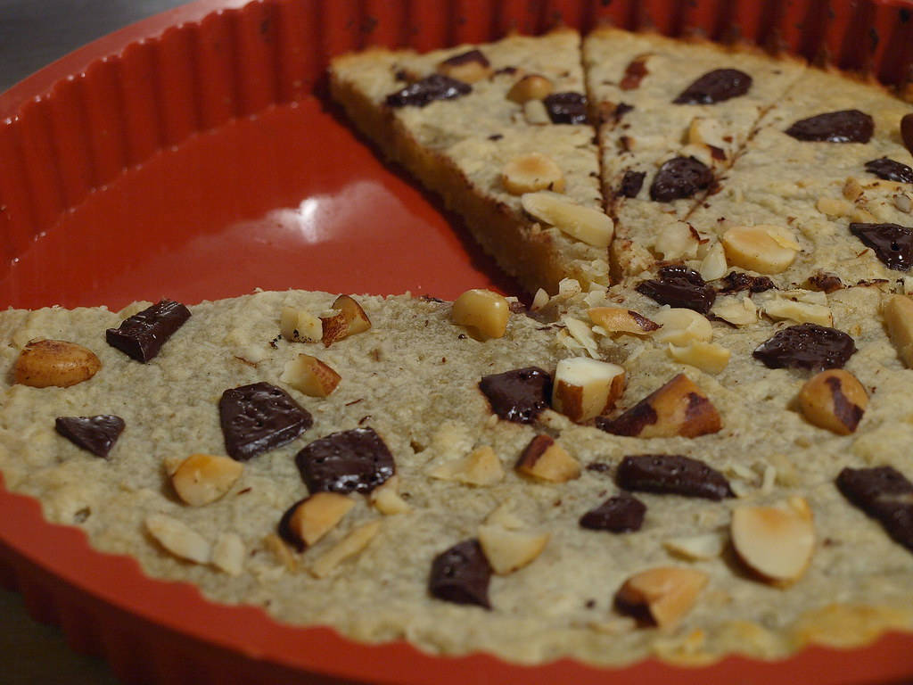 Banana Shortbread with Nuts and Chocolate