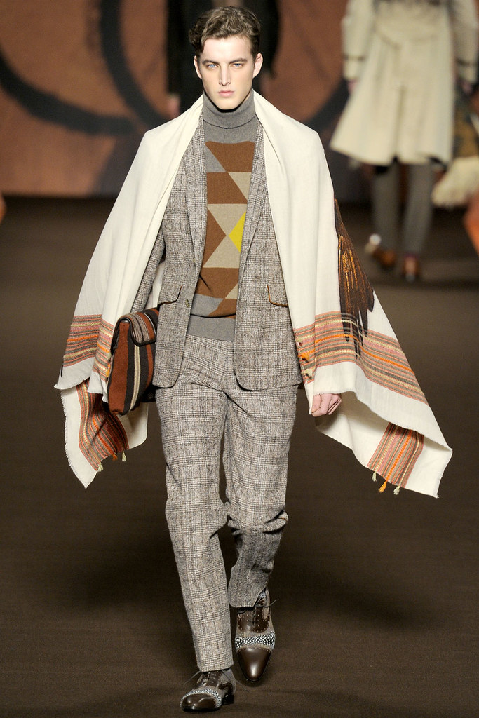James Smith3556_FW12 Milan Etro(VOGUE)