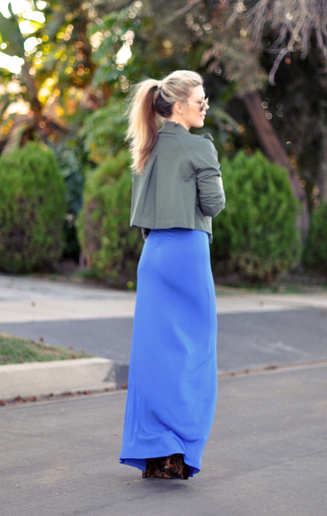 blue maxi dress  and  ponytail