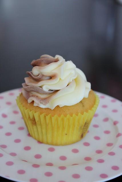 Pineapple Lumps Cupcake