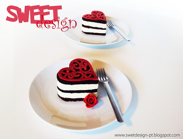 Valentine day - Lace heart mini mousse cakes | Flickr - Photo Sharing!