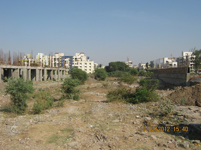 Site of Kumar Properties' Kumar Purab, 2 BHK & 3 BHK Flats, off Pune Solapur Road, behind Diamond Cars, Hadapsar, Pune 411 028