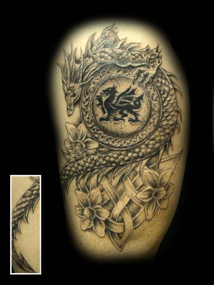 pin welsh dragon tattoo on pinterest. Black Bedroom Furniture Sets. Home Design Ideas