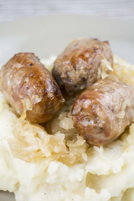 Slow Coked Sausage and Sauerkraut_1