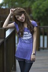 [フリー画像素材] 人物, 女性 - アジア, Tシャツ, 台湾人 ID:201112012000
