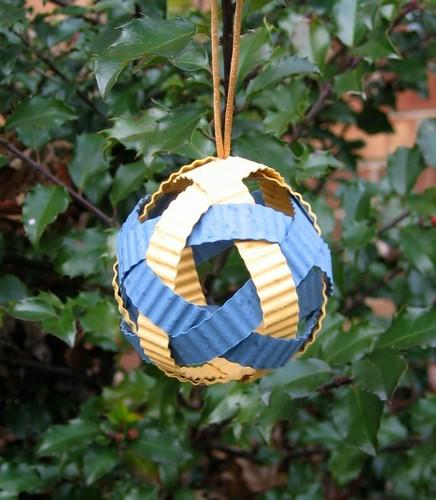 woven-ornament