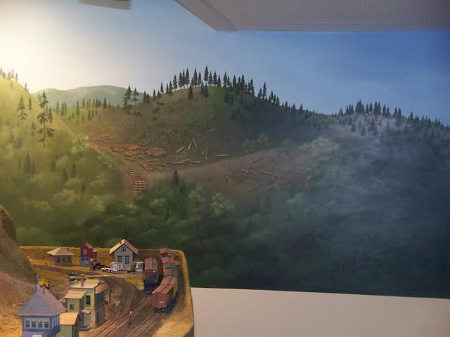 installing model railroad backdrops