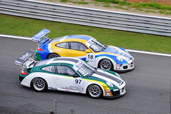 automobile(1.0), touring car racing(1.0), racing(1.0), porsche 911 gt3(1.0), vehicle(1.0), race(1.0), automotive design(1.0), porsche(1.0), rallycross(1.0), touring car(1.0), world rally car(1.0), race track(1.0), land vehicle(1.0), luxury vehicle(1.0), supercar(1.0), sports car(1.0),