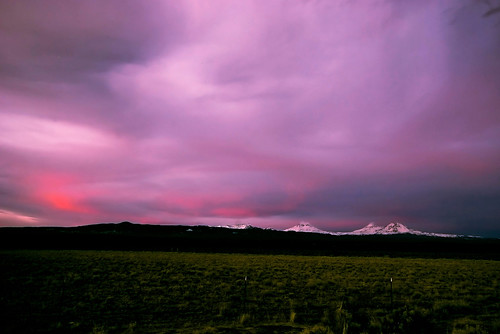 snow mountains green clouds oregon centraloregon purple or threesisters sistersoregon