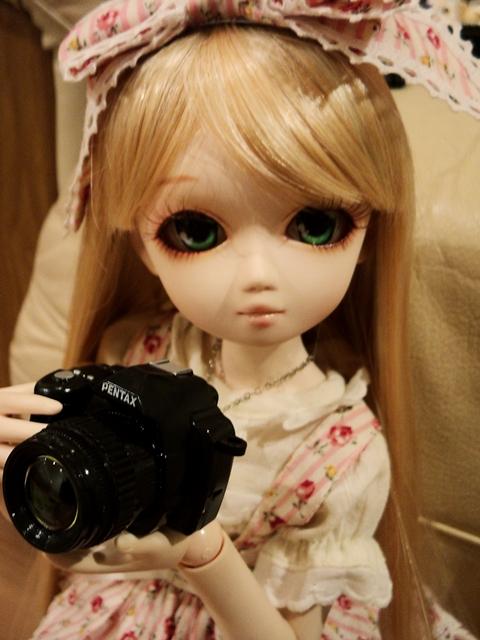 Kira got her new camera