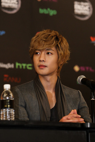 Kim Hyun Joong at MAMA Awards 2011 [111129]