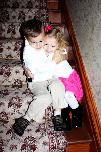 hug-on-stairs