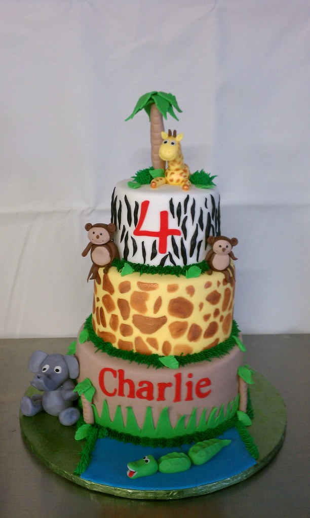 Charlies Zoo Themed Birthday Cake