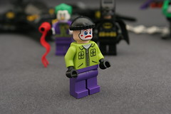 6863 Batwing Battle Over Gotham City - Goon 1