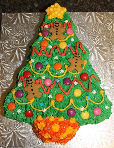 Christmas Tree Cake - 1