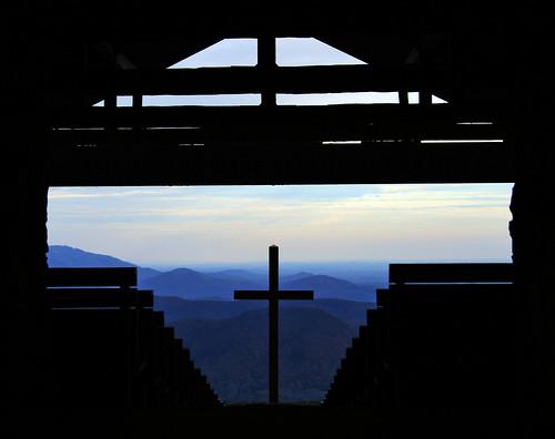 mountains nature photographer outdoor chapel blueridge prettyplace prettyplacechapel sethberryphotography