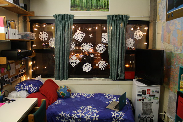 My Dorm Room ft. Paper Snowflakes