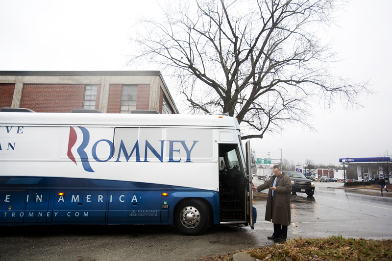 "Mitt Romney ""Earn It"" Bus Tour"