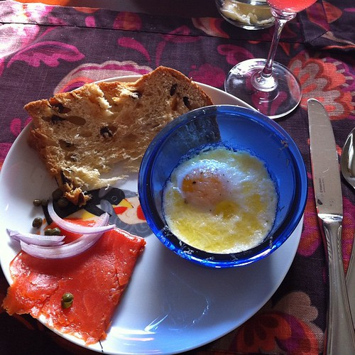 shirred eggs with lox