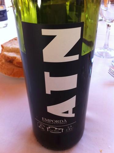 Olot | Restaurant La Deu | Vino de la casa
