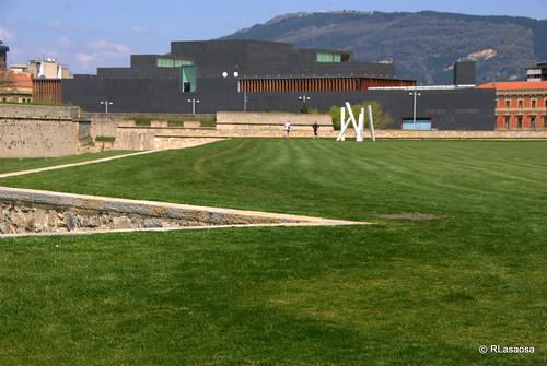 Vista de parte del parque de la Vuelta del Castillo, que rodea la Ciudadela.
