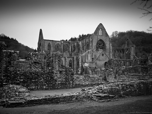 Tintern Abbey (next to River Wye)