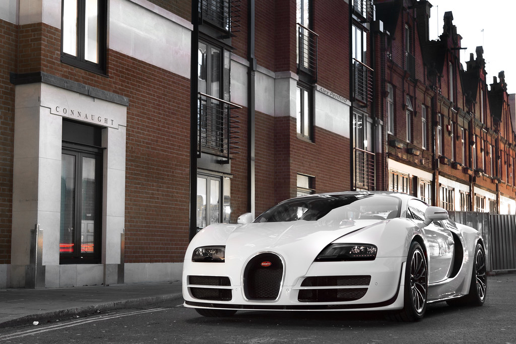 white bugatti veyron supersport in london. Black Bedroom Furniture Sets. Home Design Ideas