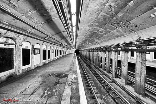 nyc manhattan newyork blackwhite thecloisters 190stsubwaystation nikon d7000 gqjai atrain forttryonpark timothy luc