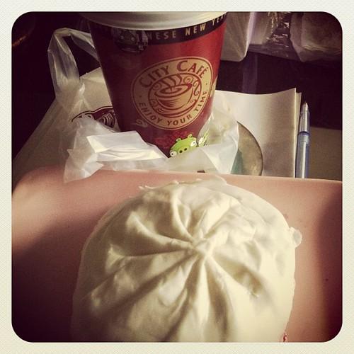 20120105 咖啡+菜包