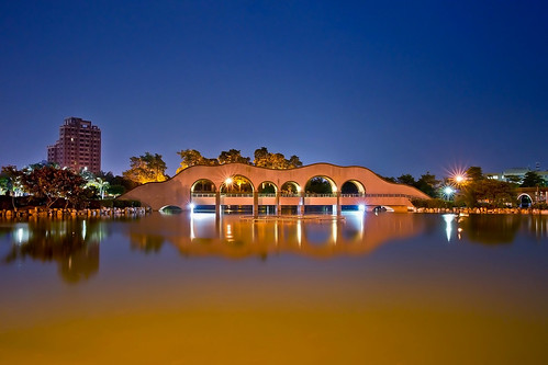 taiwan nightview 夜景 豐樂雕塑公園 台中市 taichungcity sonya850 sony2470za fenglesculptureparkfromlovenewworld