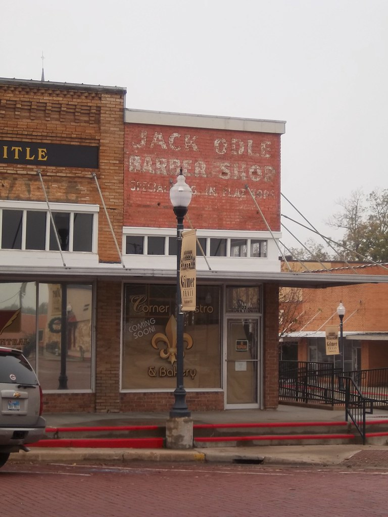 Jack Odle Barber Shop, Gilmer, Texas | A historic building l