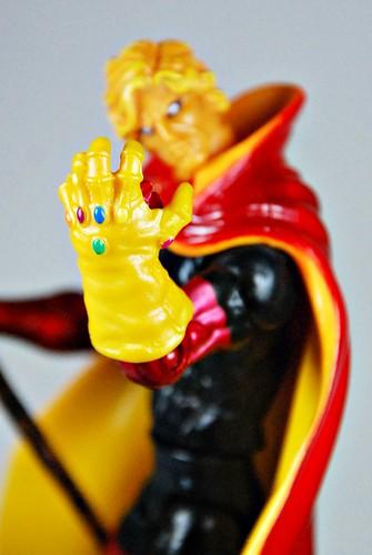 Adam Warlock vs Thanos: Marvel Comic Pack