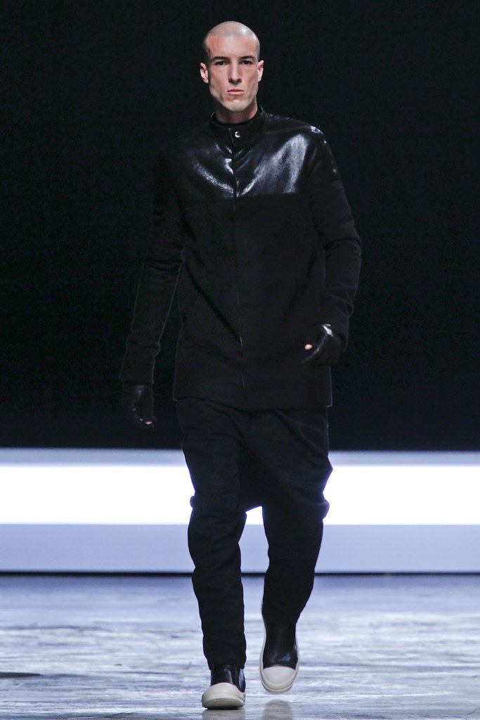 FW12 Paris Rick Owens022(VOGUE)