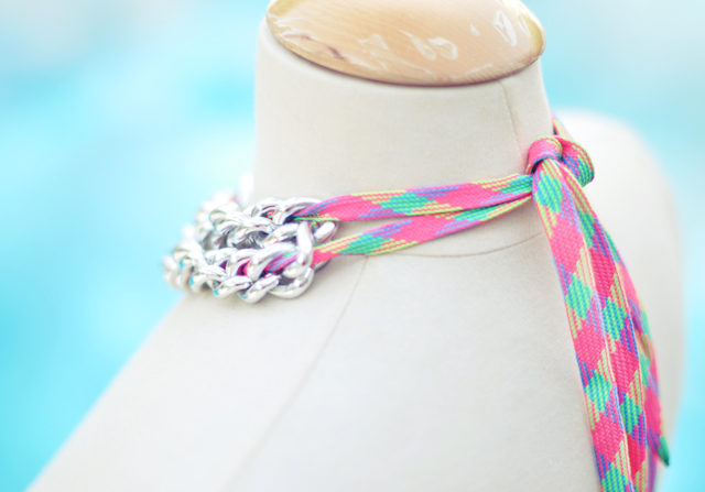 Neon Chain Necklace DIY- shoelaces