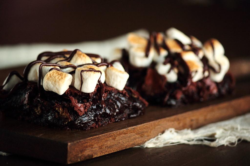 Campfire Smores Brownies