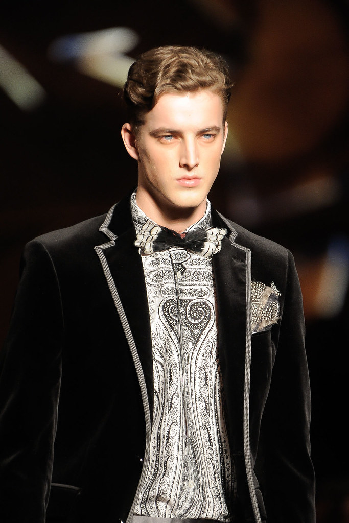 James Smith3557_FW12 Milan Etro(VOGUE)