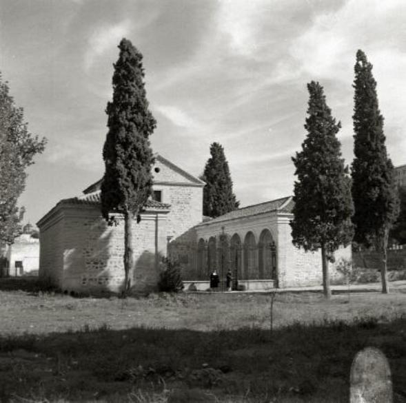 Basílica del Cristo de la Vega en los años 40. Fotografía de Paco Marí