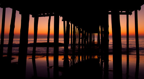 ocean morning sky water colors silhouette sunrise dawn pier maryland oceancity contrastmarylandoceancityvacation