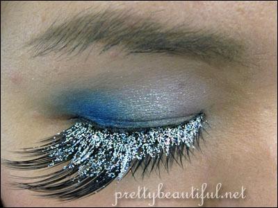False Lashes - dancing in glitter