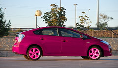hatchback(0.0), automobile(1.0), wheel(1.0), vehicle(1.0), automotive design(1.0), toyota prius(1.0), land vehicle(1.0),