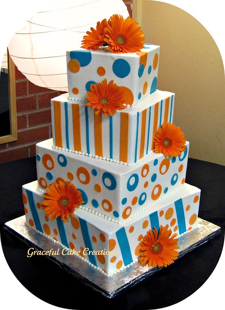 Orange and Aqua Wedding Cake http://gray-and-pink-wedding-wedding.blogspot.com/2011/11/orange-and-another-color-combination.html