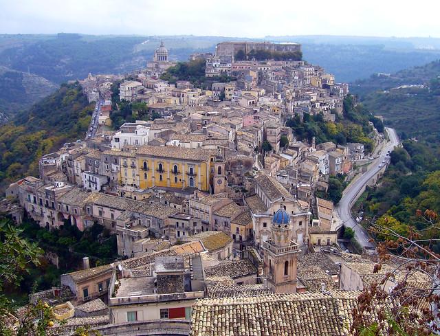 Amministrative, Ragusa: Antoci (PD) in vantaggio ma segue il M5S$