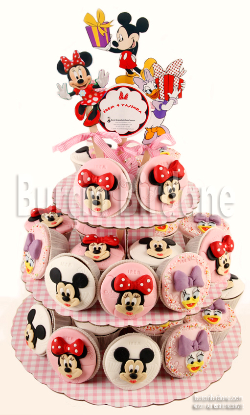 Minnie Cupcake Stand