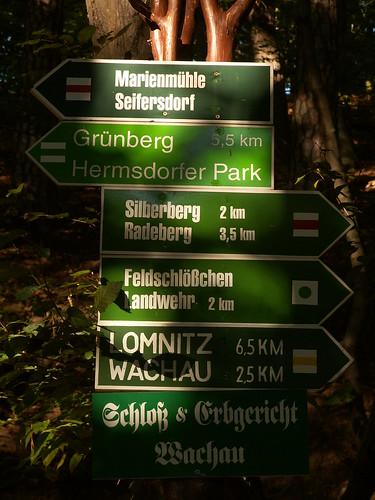 Der Landschaftspark im Seifersdorfer Tal ist einen der ältesten deutschen Landschaftsgärten und wurde Ende des 18. Jahrhunderts von Christina von Brühl mit zahlreiche Staffagen und Gartenszenen  konzipiert 147